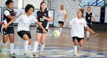 Escolas terão de registar relação nominal do futsal até as 23h59 desta sexta-feira (15/6)