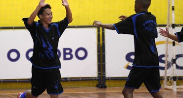 Fã de Messi e Dybala, camisa 11 do Percepção marca dois gols na vitória que valeu o título no futsal sub-15 não federado