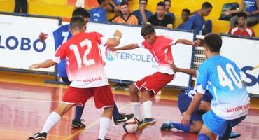 Favoritismo prevalece na primeira rodada do futsal do Inter 2019, no ginásio do Colégio Odete São Paio, em São Gonçalo