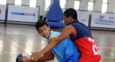 Finalistas do basquete serão conhecidos neste fim de semana em confrontos no ginásio do Sesc Ramos