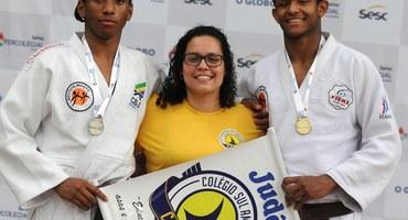 Monique assume o posto de técnica de judô do Sul-Americano, que era exercido por seu pai há quase 20 anos