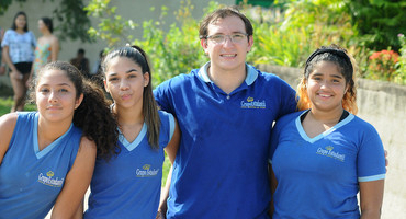 Nossa Senhora de Fátima participa pela primeira vez do Intercolegial, na disputa do vôlei de praia, e encarna o espírito da competição