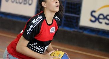 Quarto fim de semana do 37° Intercolegial Sesc O GLOBO terá basquete e futsal, domingo, em Ramos e Santa Cruz, respectivamente