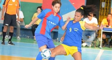 Quinta rodada do futsal tem média de mais de sete gols, no ginásio da Eterj