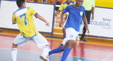 Talento e conjunto funcionam e Infante Dom Henrique estreia com boa vitória no futsal do Intercolegial