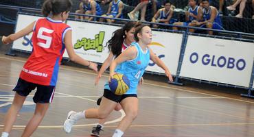 Tetracampeã do basquete sub-18 federado pelo ADN Master, Nathalia se despede em grande estilo do Intercolegial
