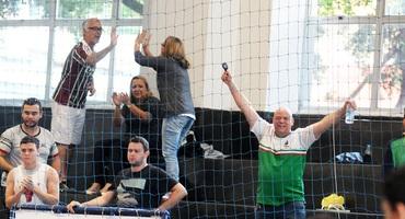Torcida do CEM de Itaguaí faz a diferença na conquista do bronze no futsal sub-18 não federado masculino