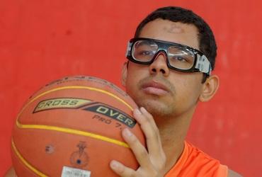 Cestinha da vitória do Maxx, Pedro fala de seu amor pelo basquete