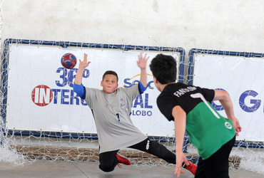 Confrontos do handebol apontarão neste sábado, na Vila Olímpica Félix Venerando, os finalistas das seis categorias do handebol 2018