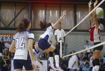 Escola Nova Gávea espera continuar hegemonia no vôlei feminino e repetir bons resultados entre os meninos
