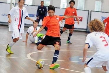 Líder na defesa e camisa 3 do Pio XI, Paulo Macedo ajudou a equipe a garantir o bronze no futsal