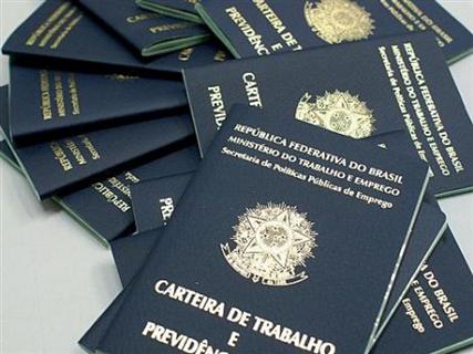 BAHIA GERA EMPREGO, MAS PRECISA INVESTIR EM QUALIFICAÇÃO PROFISSIONAL
