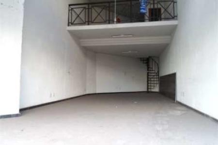 Oportunidade!  Excelente loja com ótima localização, constituído de 60m², sendo 40m² de loja e 20m² de mezanino, loja ampla e arejada, pé direito duplo, piso em granito e piso do mezanino em porcelanato.  Sem vaga de garagem.  Localização: Próximo ao Laboratório Hermes Pardini.