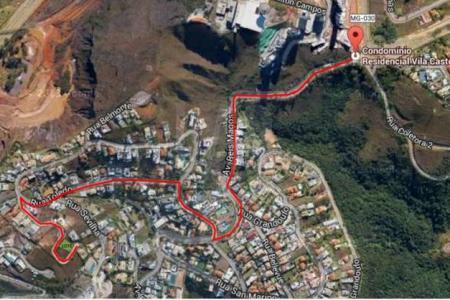 EXCELENTE LOCALIZAÇÃO  Terreno em leve aclive, rua única com portaria, vista panorâmica dos condomínios de Nova Lima. Área do terreno: 1.140,84 m². Limite para área de construção: 690,01 m².
