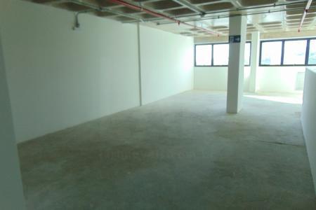 Excelente sala de galeria com aproximadamente 138,03m², sendo em 02 níveis, 1º nível com aproximadamente 66,42m², 2º nível com aproximadamente 71,61m², 02 lavabos, linda vista.