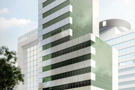 Excelente localização  Prédio: 15 pavimentos, sendo 01 pavimento de estacionamento rotativo. Área total: 4846 m²  Salas: de 102 m² a 375 m² Lojas: de 213 m² a 402 m²    Atualizado em 26/11/2018.