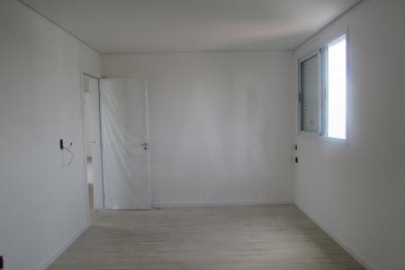 PREVISÃO DE ENTREGA PARA JULHO DE 2018 EXCELENTE OPORTUNIDADE PRÉDIO: 100% Revestido em cerâmica 10x10. 6 Pavimentos, sendo 2 apartamentos por andar.  Portão Eletrônico. Interfone. Gaz canalizado. Elevador. 4 vagas de garagem demarcadas ( 35-36-37-38) APARTAMENTO: Sala para 2 ambientes com piso em porcelanato. 4 Quartos com piso em laminado, sendo 1 Suite Master com closet, 1 Suite Junior e 2 Semi Suites, ambas com bancadas e pisos em granito,  e box em blindex.  Lavabo com piso e bancada em granito. Cozinha tipo americana  com bancadas em granito e piso em cerâmica.  Área de Serviço com piso em cerâmica e tanque. Banho de empregada com piso em cerâmica. V ALOR ESTIMADO DE CONDOMÍNIO E IPTU    Atualizado em 15/11/2018.