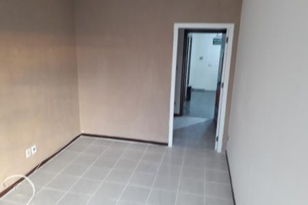 Próximo ao Conexão Aeroporto.  Prédio: porteiro físico, sistema de segurança, 2 elevadores, estacionamento (possui vagas para alugar).  Sala: com piso em cerâmica, ar condicionado. Lavabo revestido em cerâmica. 27 m².