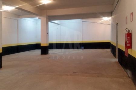 Excelente Loja na região hospitalar, prédio novo, 400 m² de loja  + 150 m² de deposito subsolo.