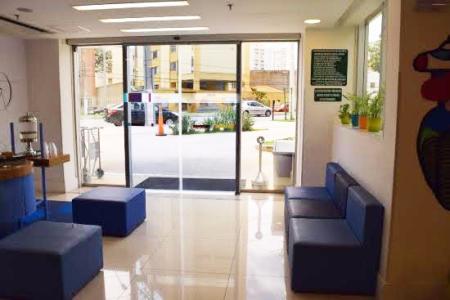 HOTEL IBIS STYLE PAMPULHA, inaugurado em março de 2014 e administrado pela rede ACCOR. O hotel tem 208 modernos apartamentos, todos equipados com ar condicionado, banheira, TV de tela plana, WIFI grátis, minibar, telefone. Situado perto da Lagoa da Pampulha, na área de Belo Horizonte, e perto do aeroporto da Pampulha, próximos do hotel, encontram-se o estádio Mineirão, a Universidade Federal de Minas Gerais, a Cidade Administrativa e a USIMINAS. Obs.: Aceita permuta.    Atualizado em 26/11/2018.