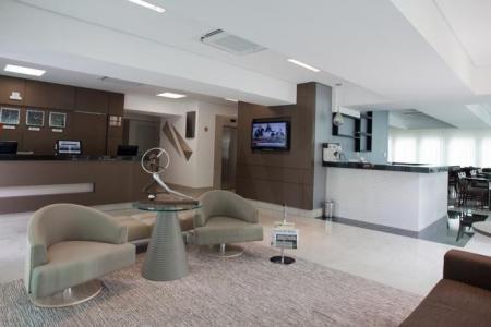 """Excelente Flat, com uma localização privilegiada, próximo ao Mineirão, Mineirinho, UFMG e Aeroporto da Pampulha.   O hotel possui 70 apartamentos confortáveis e de luxo, todos com TVLCD 32"""", ar condicionado, frigobar, internet e cofre, sala para eventos, andar feminino, área de lazer, restaurante com varanda, bar e serviço de quarto.    Atualizado em 24/11/2018."""