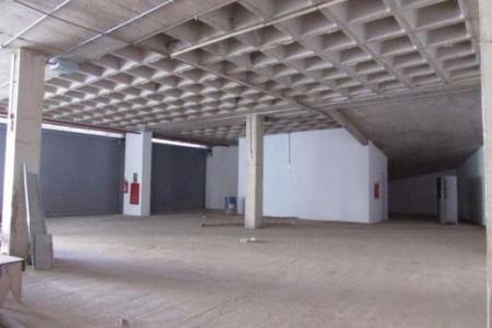 Loja comercial de frente para a principal avenida de BH ! Pronta para utilização Prédio Comercial, imponente, estacionamento rotativo, elevador. Loja: Área de aproximadamente 138,24 m². Piso concreto nível zero.    Atualizado em 30/11/2018.