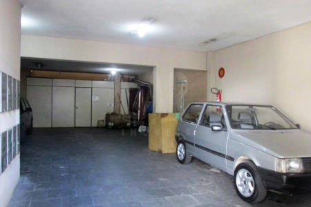 Excelente Loja de 100 m², bem localizada, fácil acesso, piso em ardósia, pé direito duplo, próximo ao clube da policia militar e hospital mater dei.