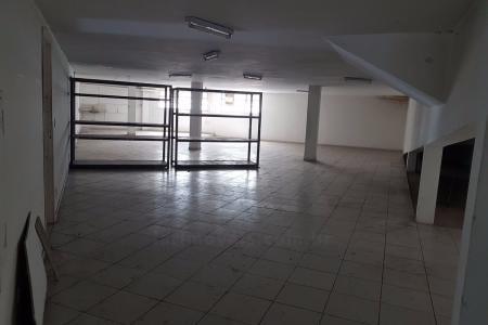 Próximo a Av. do Contorno e Av.Mem de Sá, frente para rua.  Área construída 535m², subdivididas em 05 lojas.  Podem ser alugadas separadamente.    Atualizado em 14/12/2018.
