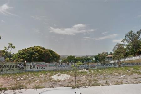 Excelente Lote localizado entre a Avenida Portugal e Otacílio Negrão de Lima na Orla da Lagoa, com uma área totalizando 7000m² Melhor localização da Pampulha e região, com possibilidade de um ótimo empreendimento comercial, Fácil acesso ao anel rodoviário e centro da cidade, várias opções de lazer, como restaurantes, parques, pontos turísticos.  Zona Homogênea: PA113 Zona de Uso: ZP2 Obs.: Proprietário estuda proposta.    Atualizado em 17/11/2018.