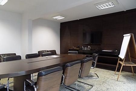 ÓTIMA LOCALIZAÇÃO - RAJA GABAGLIA - PRÓXIMO AO MADRE TEREZA CLARO E AREJADO COM LINDA VISTA  PRÉDIO: revestido em cerâmica e granito, imponente, portaria, sistema de segurança com câmeras e alarmes, portão eletrônico, 8 vagas de garagem.  ANDAR com 440 m2,  acabamento de alto luxo, piso com granito, subdividido em várias salas e banhos, ar condicionado e projeto luminotécnico.    Atualizado em 09/10/2018.