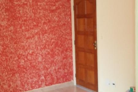 Excelente apartamento no bairro Heliópolis próximo a todo infra estrutura comercial da região.  O apartamento conta com um sala para dois ambientes,  dois quartos com piso em cerâmica, banho social com box, cozinha com armários.    Atualizado em 18/09/2018.