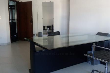 Ótima sala, com localização privilegiada, sala com aproximadamente 50 m², com mobília incluída, um dos melhores pontos de Belo Horizonte. Sala com ar condicionado, 01 banheiro, 01 sala, principais avenidas próximas.    Atualizado em 07/12/2018.