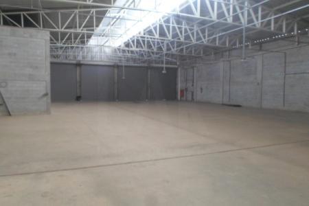 Excelente Galpão, no melhor ponto do Buritis, localização privilegiada com 2500 m² Aréa plana.    Atualizado em 25/11/2018.