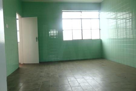 EXCELENTE APARTAMENTO DE APROXIMADAMENTE 190 M²  Apartamento próximo a Avenida Cristiano  Machado, o apartamento possui 03 quartos com armários sendo 01 suite, 01 sala, 01 copa, 01 banho social e dispensa.  Apartamento revestido em cerâmica.    Atualizado em 18/09/2018.