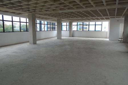 Prédio: 8 pavimentos. Área total de 4.816 m². Estacionamento 2 salas com 162,87 m² de área real privativa coberta. 1 sala  com 372,29 m², sendo   243,49 m² de área real privativa coberta e 128,80 m² de área real privativa descoberta.    Atualizado em 30/11/2018.