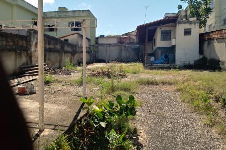 Terreno / lote em excelente localização, Rua plana, excelente acesso pela avenida Cristiano Machado e Rua Jacuí.   Oportunidade para empreendedores e construtores.  Venha fazer um excelente negócio!!!