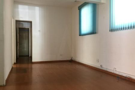 Excelente casa com 210 m2 para alugar no bairro Barro Preto, com 04 quartos, 01 vaga, cozinha, area de serviço, ideal para escritórios e clínicas, perto do Hospital Felício Rocho, do Instituto São Rafael, da rua dos Timbiras, da rua dos Guajajaras e da Avenida do Contorno.