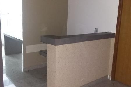 Ótimas salas modernas no Belvedere próximo do BH Shopping, com 25 m² cada, com banheiro em mármore, ar condicionado e uma das salas possui 2 mezaninos.  Ótima localização, próximas do BH Shopping, região nobre de Belo Horizonte. Prédio moderno com 4 elevadores, portaria 24 horas e salão para reuniões.  Vaga de garagem: cada sala dispõe de 1 vaga de garagem  Obs: As salas podem ser alugadas separadamente