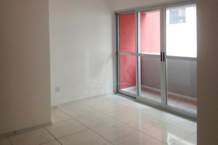 Apartamento novo, ótima localização, piso em cerâmica, sala para 02 ambientes, cozinha com bancada em granito, piso em cerâmica, banhos com bancada em granito e piso em cerâmica, 02 vagas de garagem.