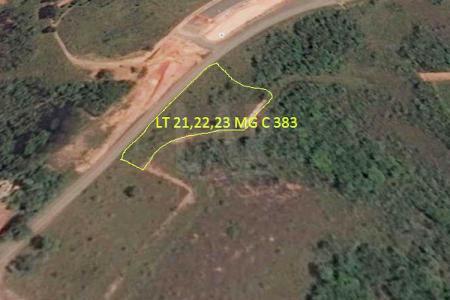 Área com aproximadamente 3.565m² às margens da MG 383. Área urbana.