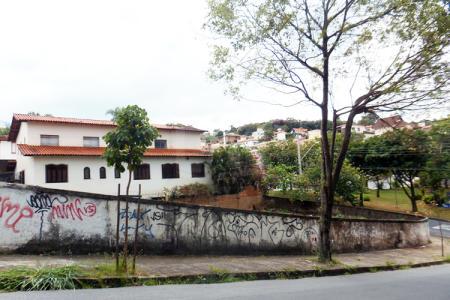Melhor localização do São Bento Lote de esquina, com área de aproximadamente 504 m² Topografia: semi plano Oportunidade!