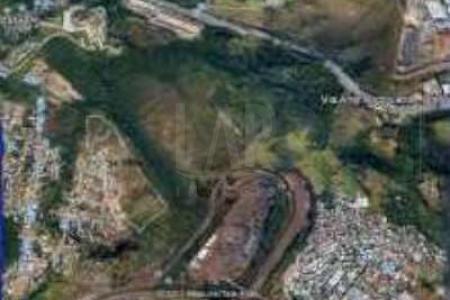 Duas áreas juntas totalizando 36,989m², situadas no local demarcado olhos D'agua, na antiga fazenda do cercado, barreiro de cima. Bom para projeto minha casa, minha vida. Área indiviso em processo de regularização.  MAIORES INFORMAÇÕES: LAR IMÓVEIS LTDA. - Telefone: (31) 3478-2001 Av. Cristiano Machado, 1.323 - Cidade Nova - BH - MG  SITE: www.larimoveis.com.br  EMAIL: lar@larimoveis.com.br