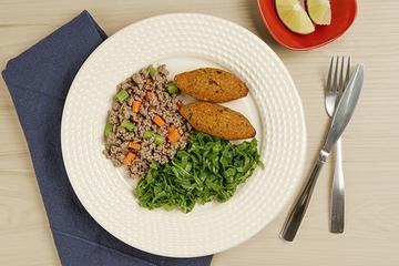 Carne moída com cenoura e vagem + Quibe de Abóbora + Couve