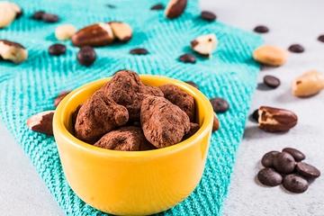 Castanha do Pará com chocolate 70% cacau