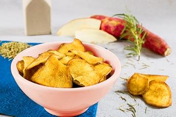 Chips de batata doce, alecrim e azeite