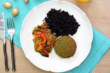 Falafel + Arroz negro + Ratatouille