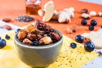 Castanha do Pará, amêndoa, macadâmia - Caramelizado + Gengibre + Blueberry