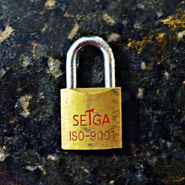 Cadeado 25mm c/ Chave Sega Tools - USADO