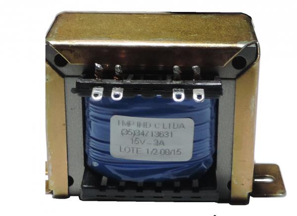 COD 902 - Transformador entrada:  15V - 3A  / 110V + 110V