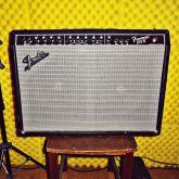 Amplificador Guitarra Fender Frontman 212R - USADO